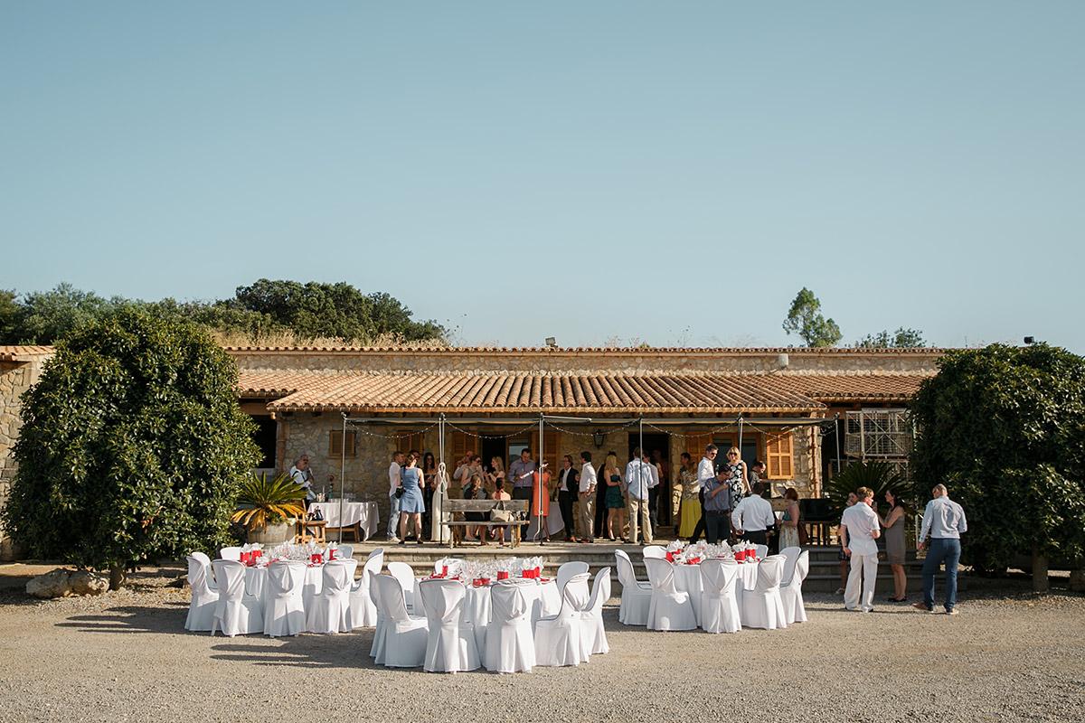 Entspannte Hochzeitsfeier auf Mallorca © Hochzeitsfotograf Berlin www.hochzeitslicht.de