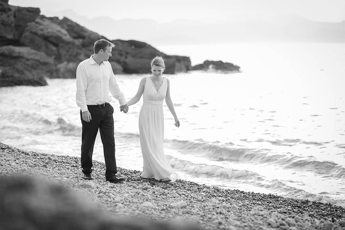 Natürliche Hochzeitsfotos am Strand auf Mallorca © Hochzeitsfotograf Berlin www.hochzeitslicht.de