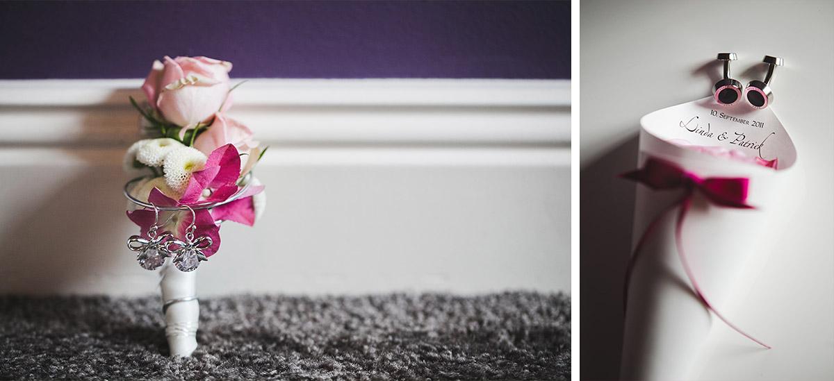 Hochzeitsfotos der Accessoires von Braut und Bräutigam in den Farben Ivory, Magenta und Fuchsia bei Vintage-Hochzeit auf Schloss Kartzow © Hochzeitsfotograf Berlin www.hochzeitslicht.de