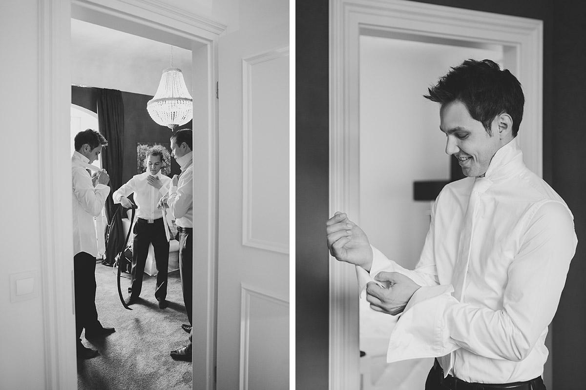 Hochzeitsreportage-Foto vom Ankleiden des Bräutigams bei Schloss Kartzow Hochzeit aufgenommen von professioneller Hochzeitsfotografin Potsdam © Hochzeitsfotograf Berlin www.hochzeitslicht.de