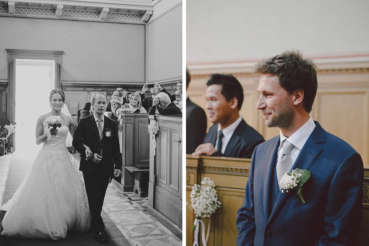 Hochzeitsfoto vom Einzug der Braut bei Hochzeit in Heilandskirche Sacrow © Hochzeitsfotograf Berlin www.hochzeitslicht.de