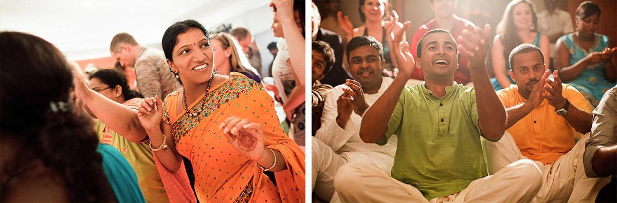 Hochzeitsgesellschaft während Hochzeitsfeier in Indien © Hochzeitsfotograf Berlin hochzeitslicht