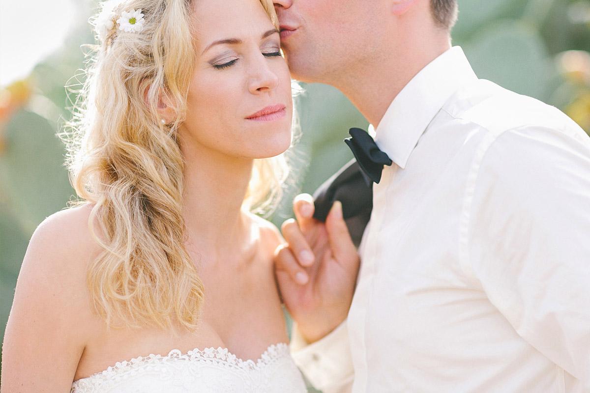 Hochzeitsfoto von Brautpaar bei Mallorca-Hochzeit aufgenommen von professionellem Hochzeitsfotografen © Hochzeitsfotograf Berlin www.hochzeitslicht.de