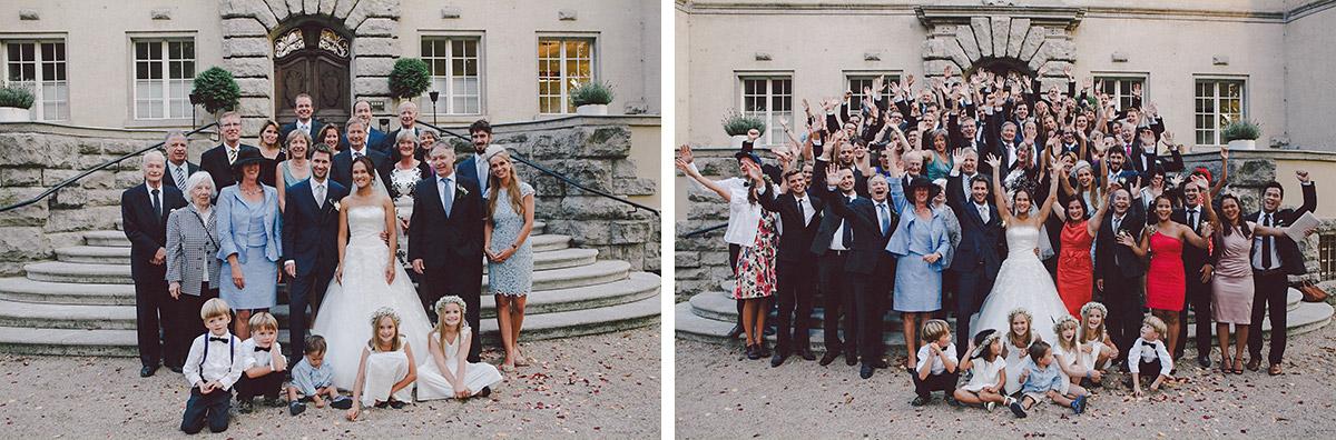 Hochzeitsfotografien von Hochzeitsgesellschaft bei Hochzeit im Schloss Kartzow © Hochzeitsfotograf Berlin www.hochzeitslicht.de