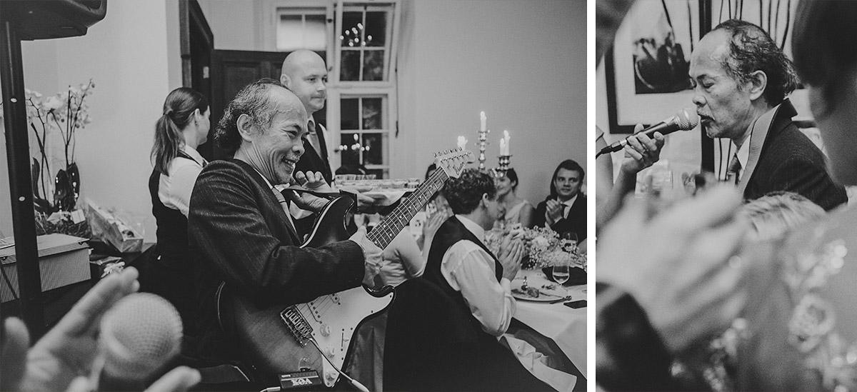 Musikalische Unterhaltung bei Hochzeit im Schloss Kartzow Potsdam festgehalten in Hochzeitsreportage © Hochzeitsfotograf Berlin www.hochzeitslicht.de
