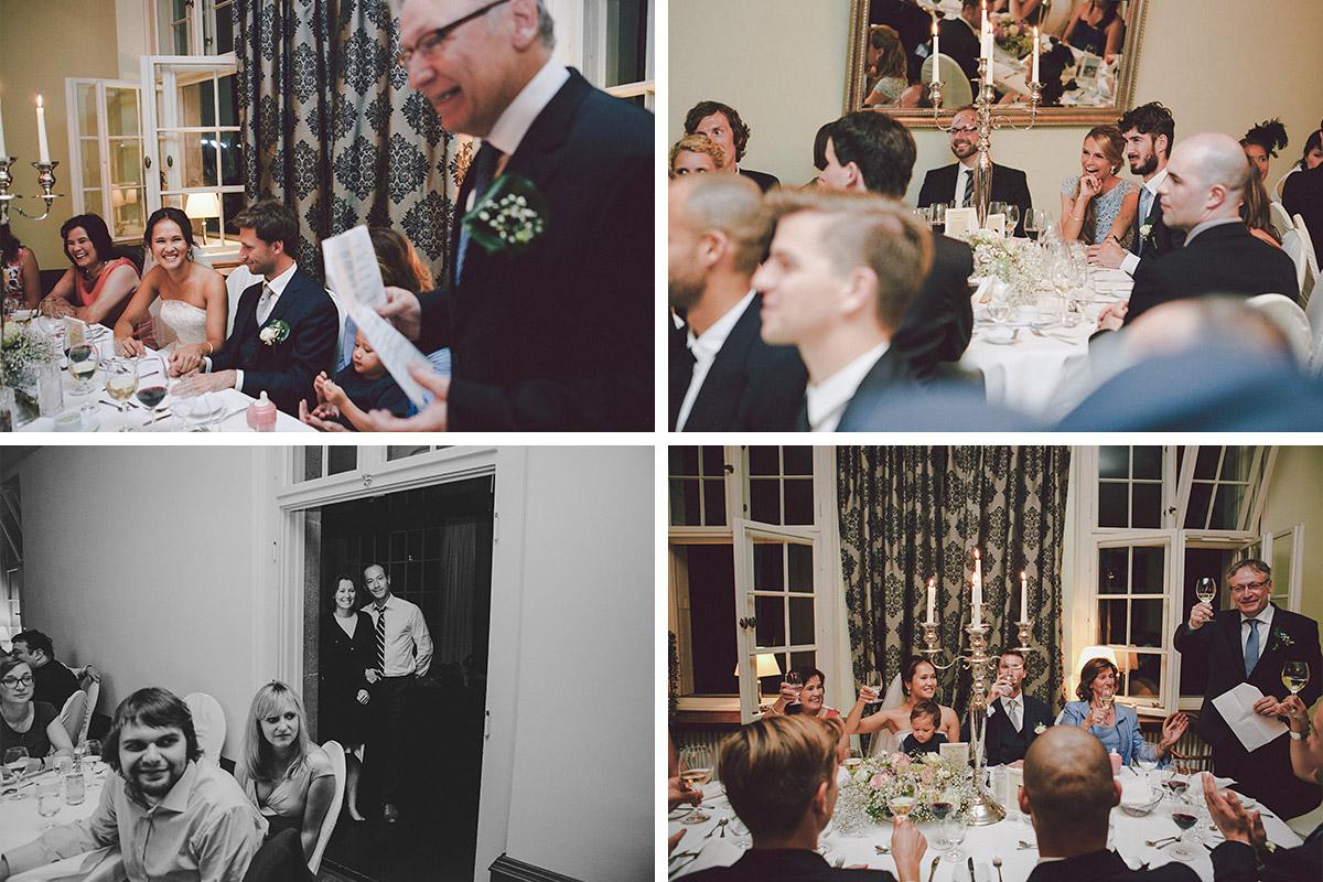 Gäste bei Hochzeitsfeier auf Schloss Kartzow © Hochzeitsfotograf Berlin hochzeitslicht