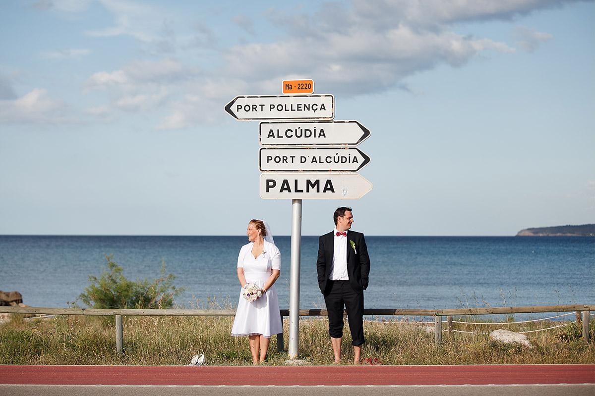 Foto von Brautpaar auf Mallorca während Ausbildung zum Fotografen bei LUMENTIS Fotostudio Berlin © Hochzeitsfotograf Berlin hochzeitslicht