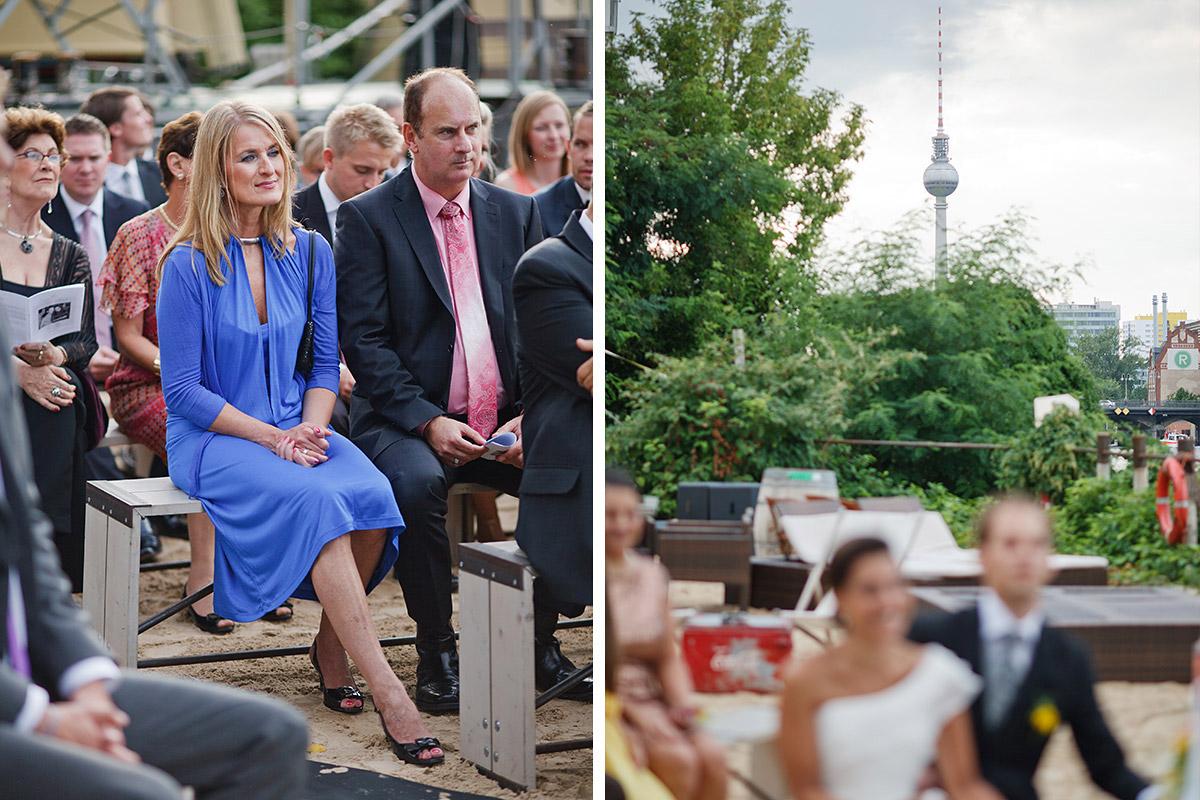 Hochzeitsreportage-Fotos von Trauung in Sage Restaurant Berlin mit Blick auf Fernsehturm © Hochzeit Berlin www.hochzeitslicht.de