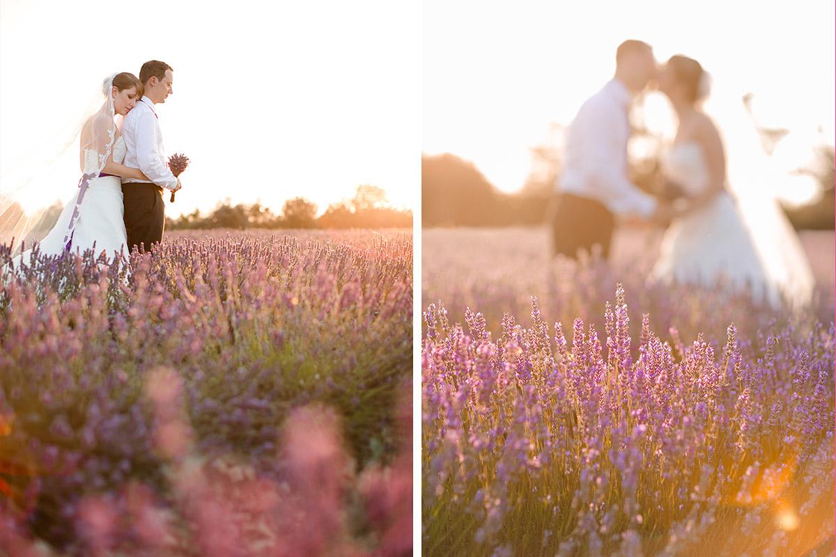 Tricks für das Posieren für die Brautpaar-Fotos, Brautpaarfotos in Lavendelfeld aufgenommen bei After-Wedding-Shooting in der Provence © Hochzeitsfotograf Berlin hochzeitslicht
