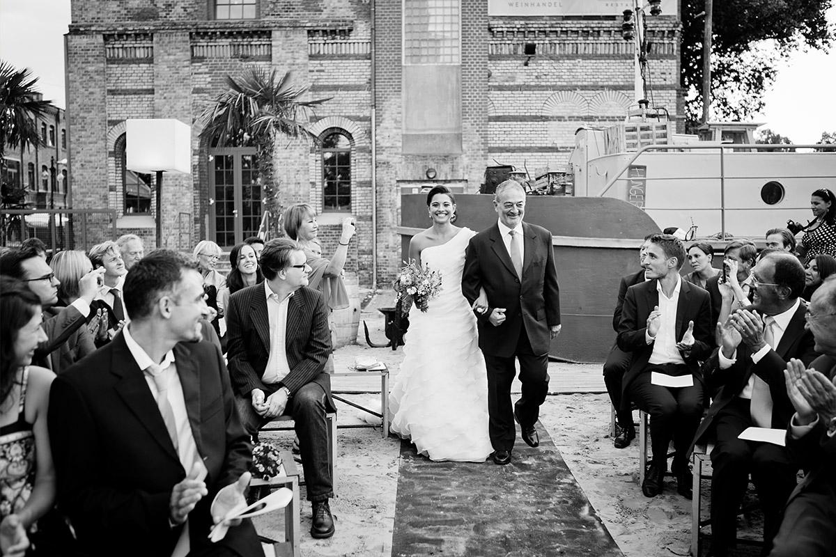 Hochzeit SAGE Restaurant Berlin Hochzeitsfotograf