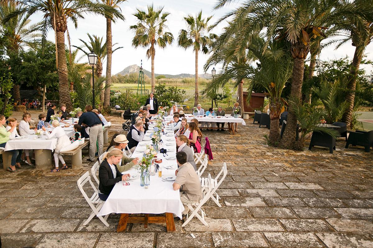 Foto von Hochzeitsfeier in Finca auf Mallorca © Hochzeitsfotograf Berlin hochzeitslicht