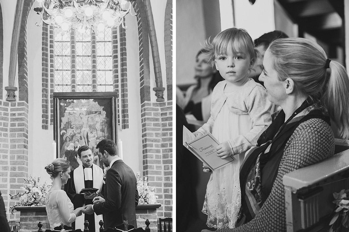 Hochzeitsreportagefotos von kirchlicher Trauung in St.-Annen-Kirche Berlin-Dahlem © Hochzeitsfotograf Berlin www.hochzeitslicht.de