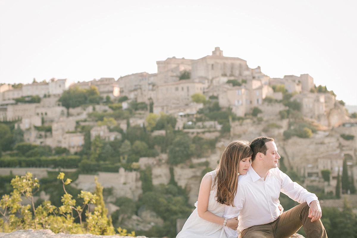 Paar bei Paarfotoshooting in der Provence mit Paarfotograf Berlin © Berliner Fotostudio LUMENTIS