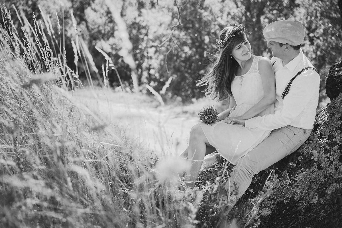 Outdoor-Fotoshooting mit Partnern in der Natur in der Provence aufgenommen von Berliner Studiofotograf © Fotostudio Berlin LUMENTIS