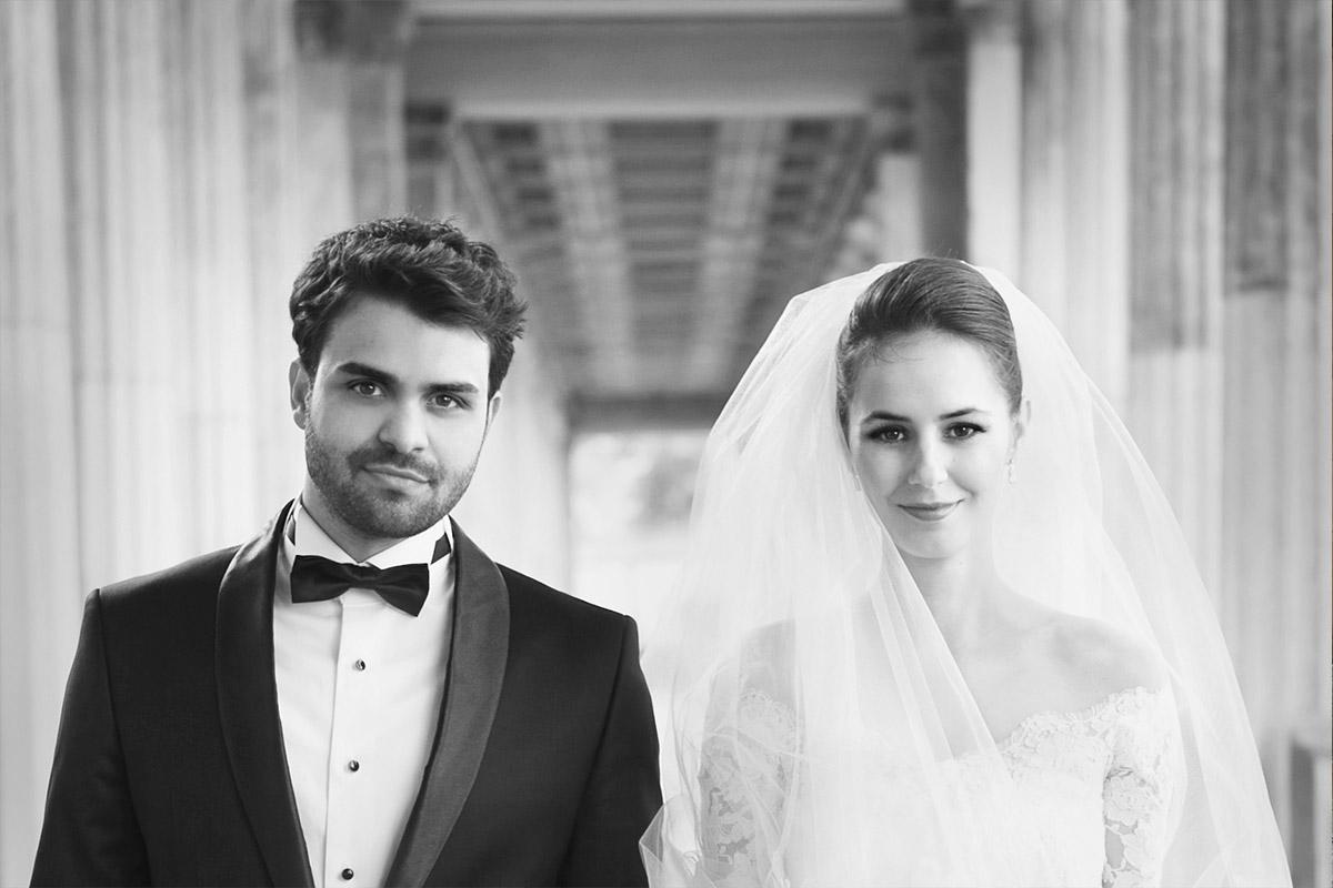 Brautpaarfoto von Vintage-Hochzeitsfotograf aufgenommen bei Vintage-Hochzeit in Berlin-Mitte © Hochzeitsfotograf Berlin hochzeitslicht