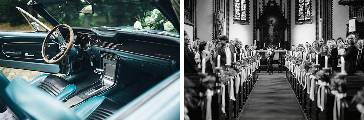 Hochzeitsfotos von vintage Hochzeitsauto und von wartender Hochzeitsgesellschaft aufgenommen von Hochzeitsfotograf in Erlöserkirche Berlin © Hochzeit Berlin www.hochzeitslicht.de