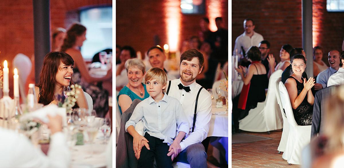 Hochzeitsfotografien von Hochzeitsfeier bei Hochzeit im Landgut Stober Brandenburg © Hochzeitsfotograf Berlin www.hochzeitslicht.de