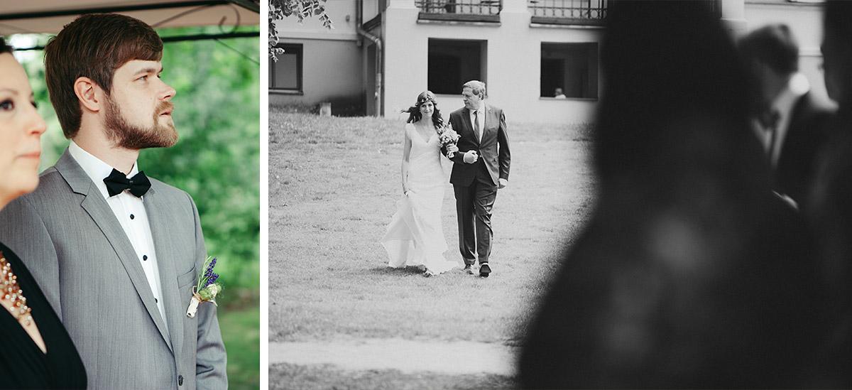 Hochzeitsreportage-Fotos vom Einzug der Braut bei Landhochzeit im Landgut Stober Brandenburg © Hochzeitsfotograf Berlin www.hochzeitslicht.de