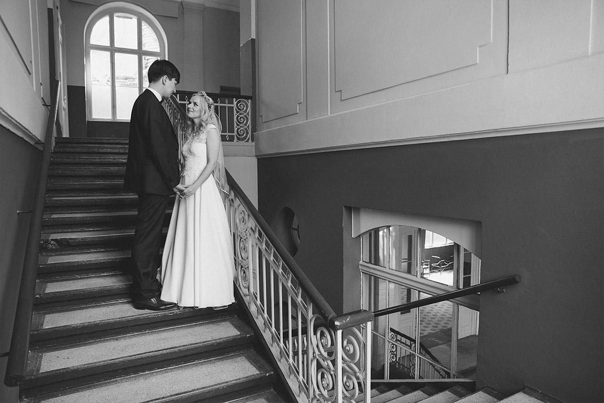 Hochzeitsfoto im Vintage-Stil bei Hochzeit in Beelitz Heilstätten © Hochzeitsfotograf Berlin www.hochzeitslicht.de